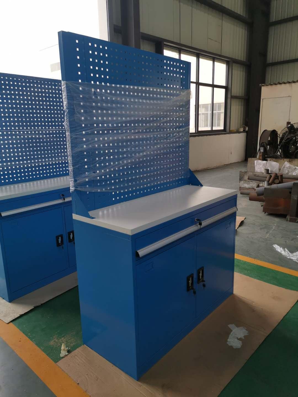 江苏镇江扬中大型电器集团车间工具柜项目
