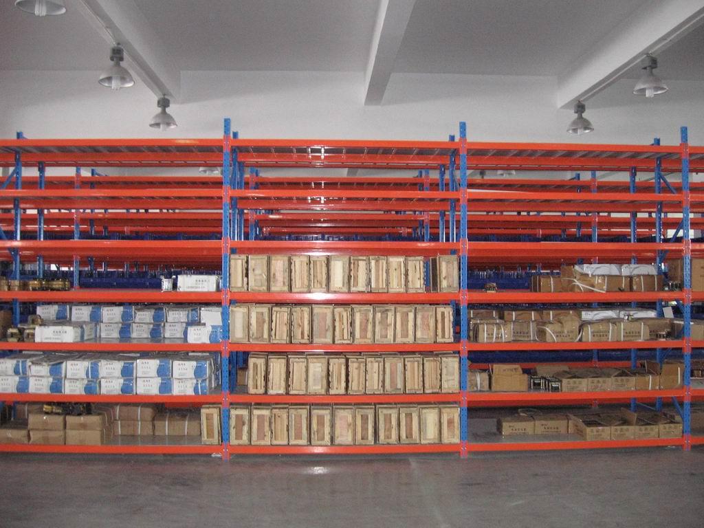 湖南大型茶叶科技公司车间中型货架采购项目